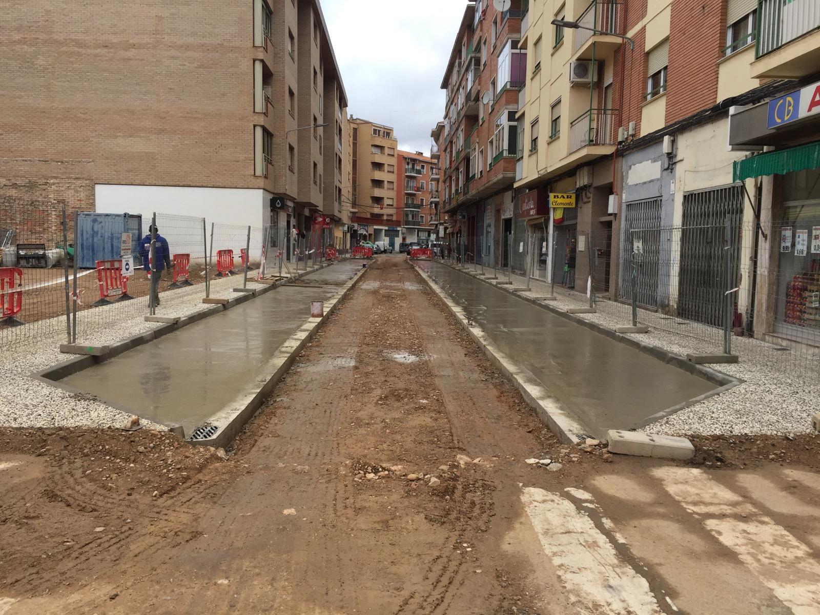 Obras de pavimentación y sustitución de redes en Calle Emilio Jimeno